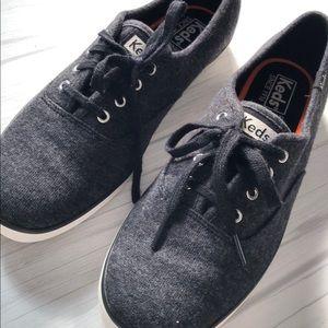 🗣NWT Cute Ked's Sneakers / Flats Grey Sweatshirt